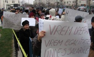 protest al insotitorilor persoanelor cu handicap